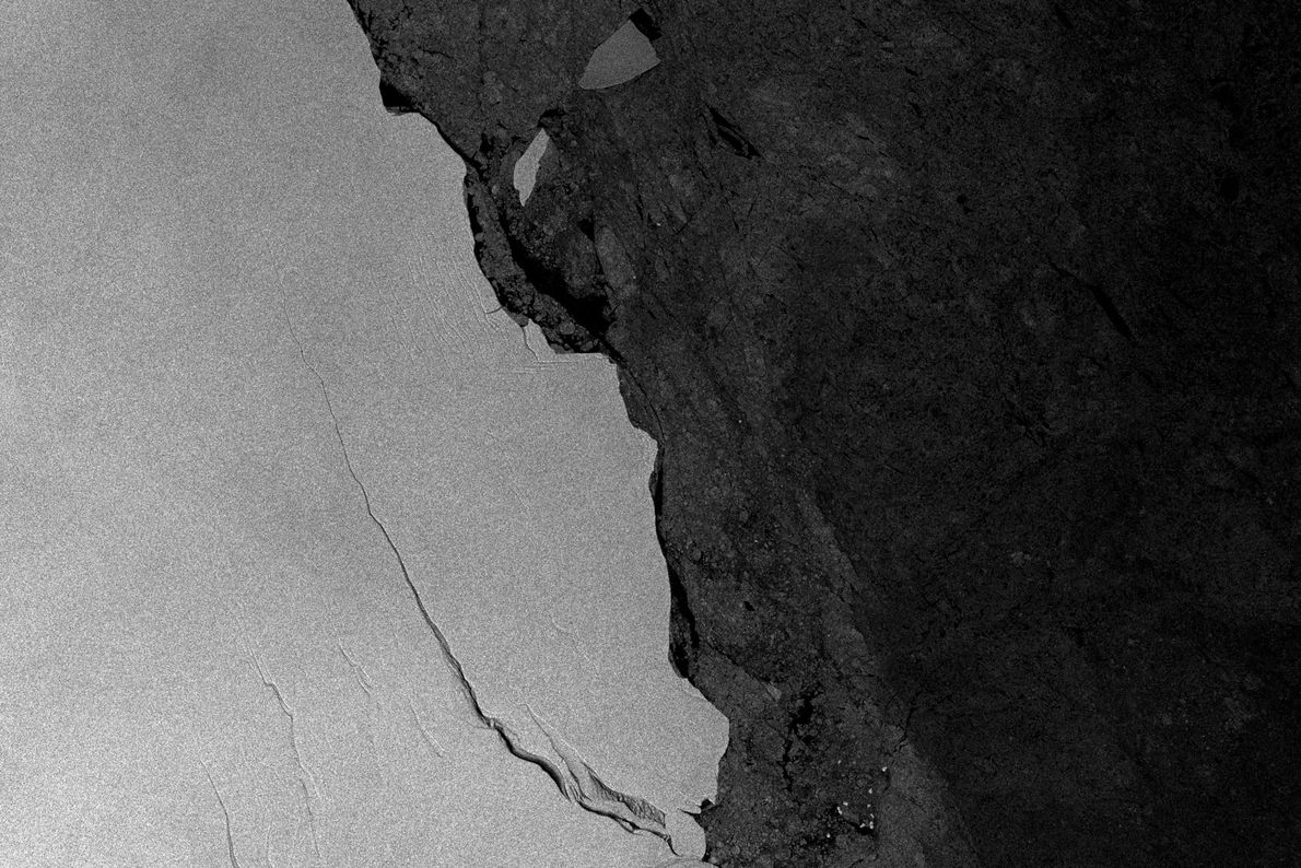 Le satellite Sentinel-1A a pris cette image radar de la fissure le 28 juin dernier.