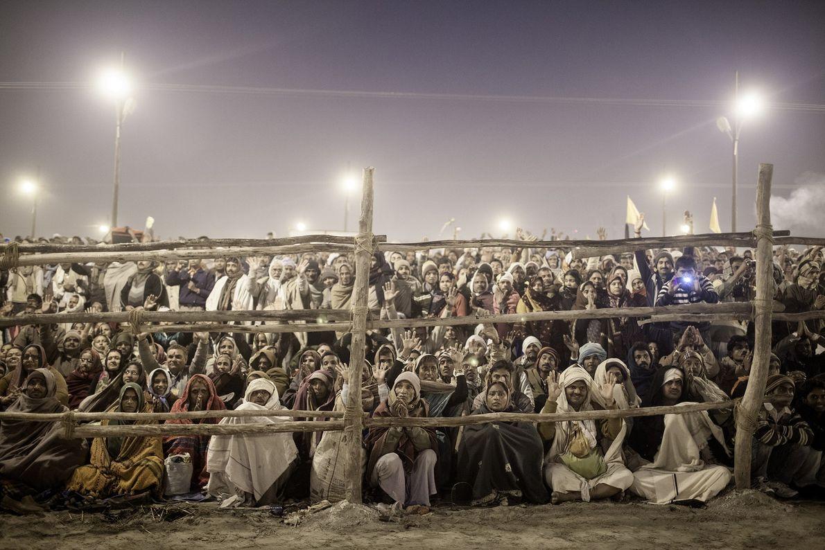 Le plus grand rassemblement religieux sur Terre, Kumbh Mela, se tient tous les 12 ans sur ...