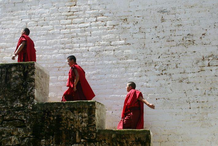 Photo de moines au Bhoutan