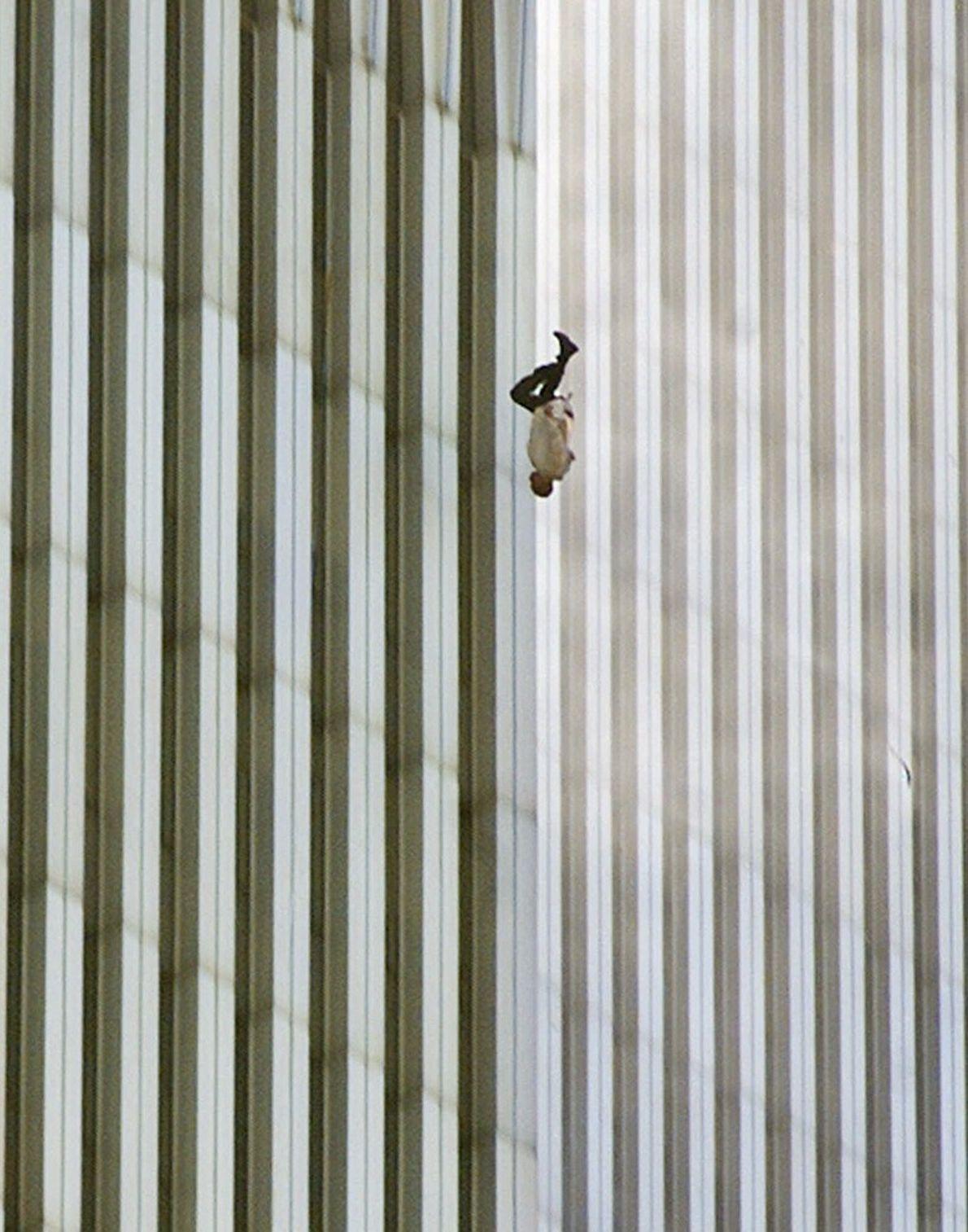 « L'Homme qui tombe »