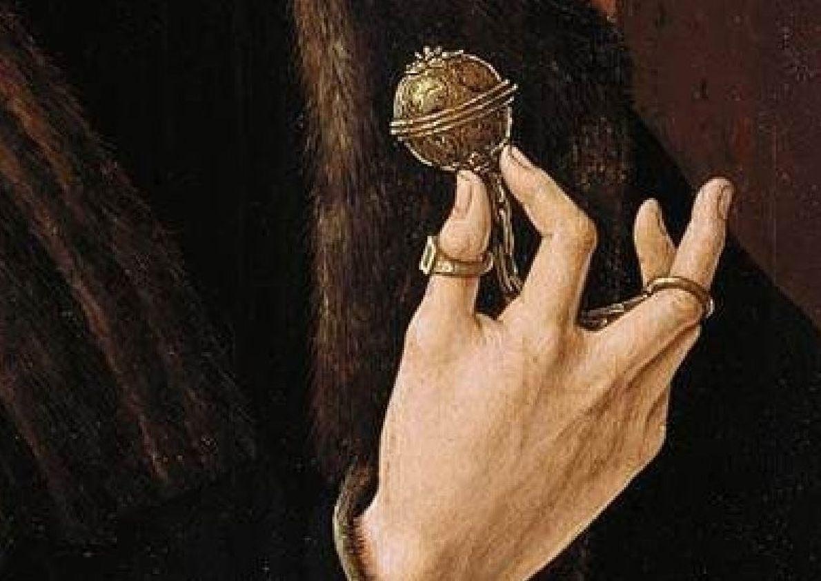 Image d'un homme tenant une pomme de senteur