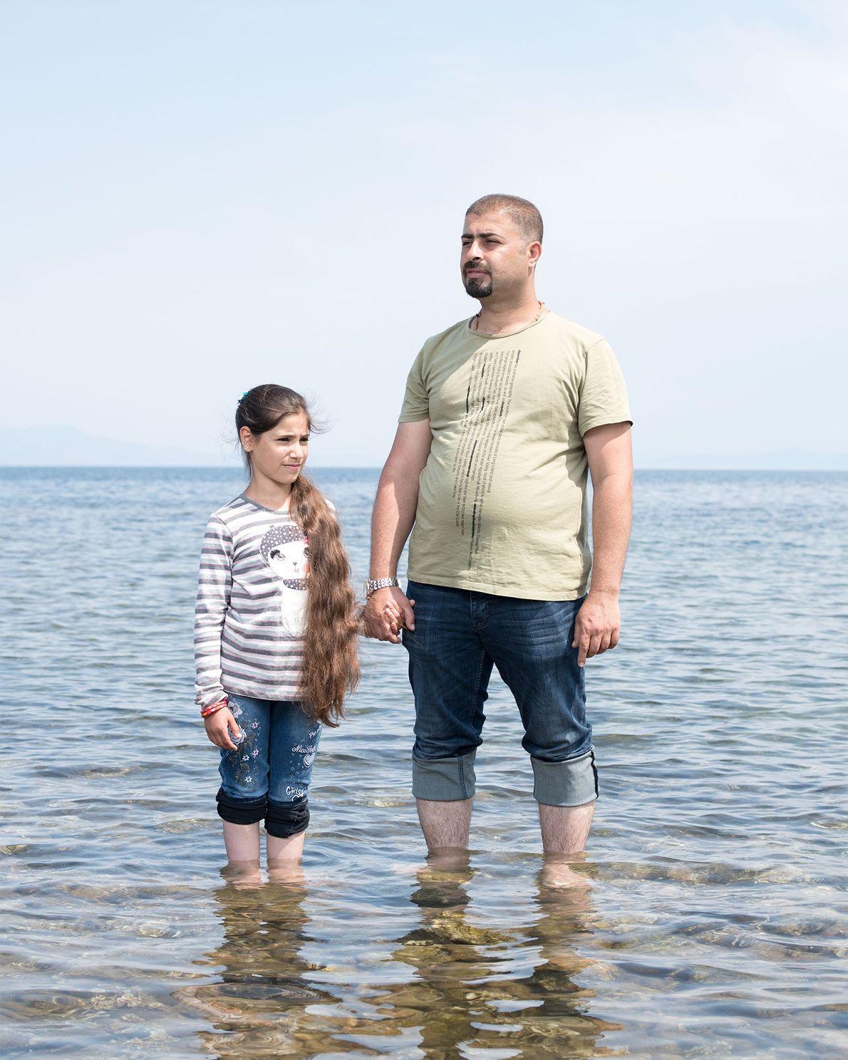 Marwan Jihad et sa famille, dont sa fille de 11 ans prénommée Sama, ont fui l'Irak ...