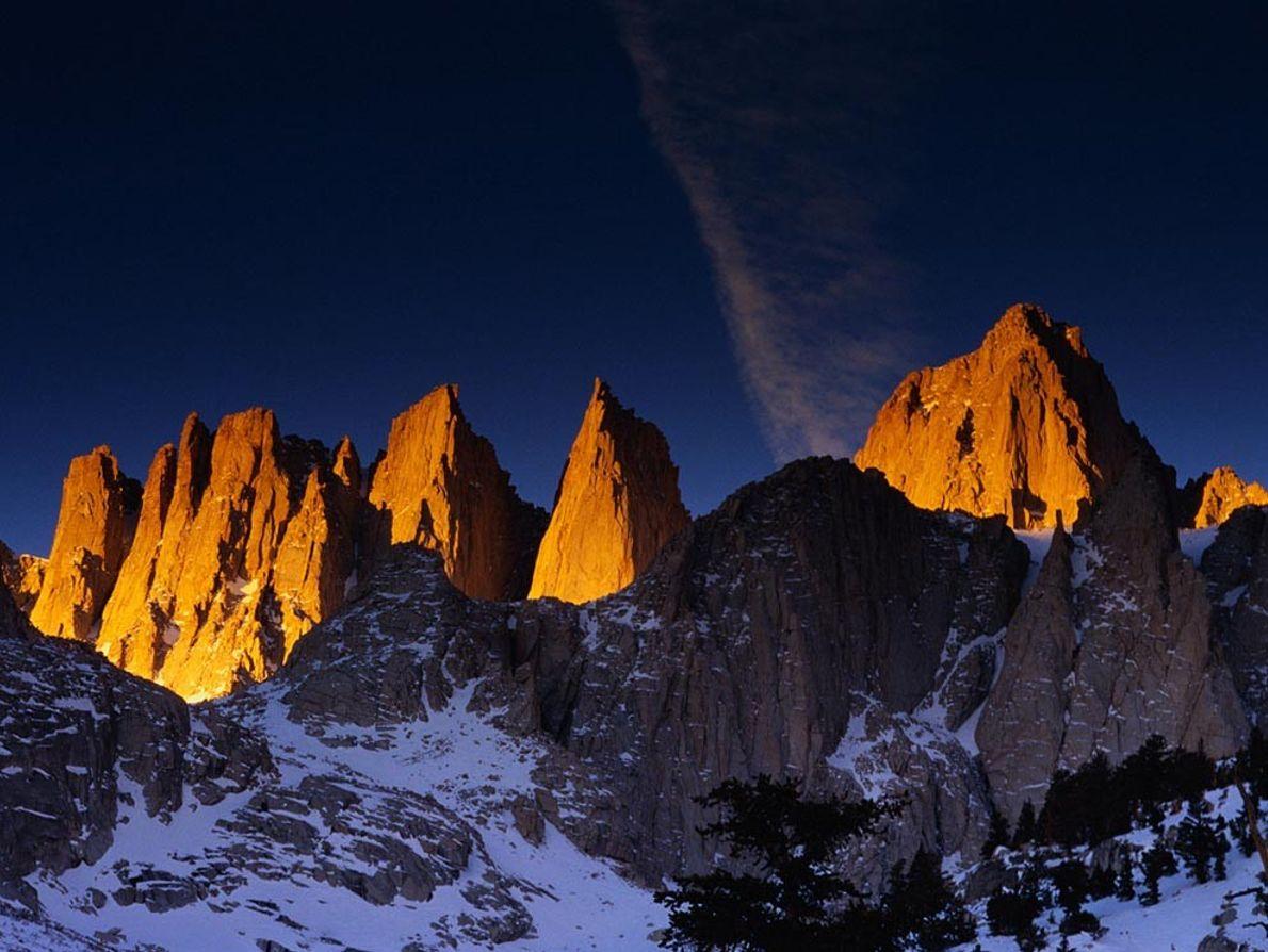 Avec ses 4 418 mètres d'altitude, le mont Whitney, situé en Californie, est le plus haut ...