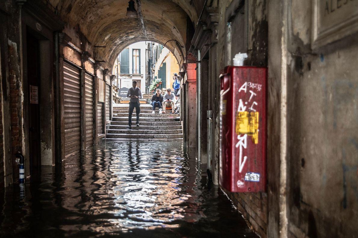 L'avenir de la ville reste incertain dans un monde où les eaux sont condamnées à s'élever.