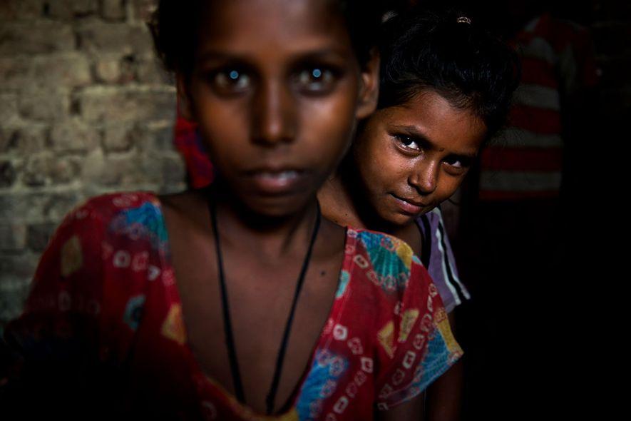sites de rencontres à Delhi pour mariés fille mixte datant d'un mec blanc