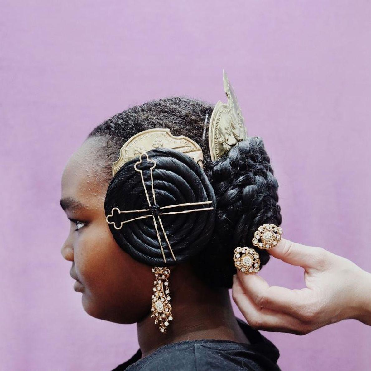 Âgée de 10 ans, Lola est originaire d'Éthiopie et a été adoptée par une famille valencienne. ...