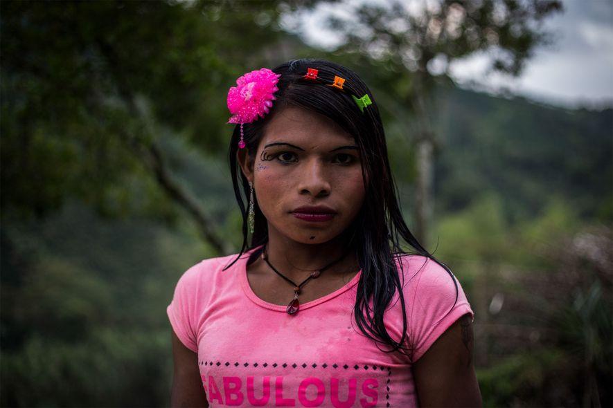 Yuliana appartient à l'ethnie des Emberá Katio et est originaire de Chocó, une région située sur ...