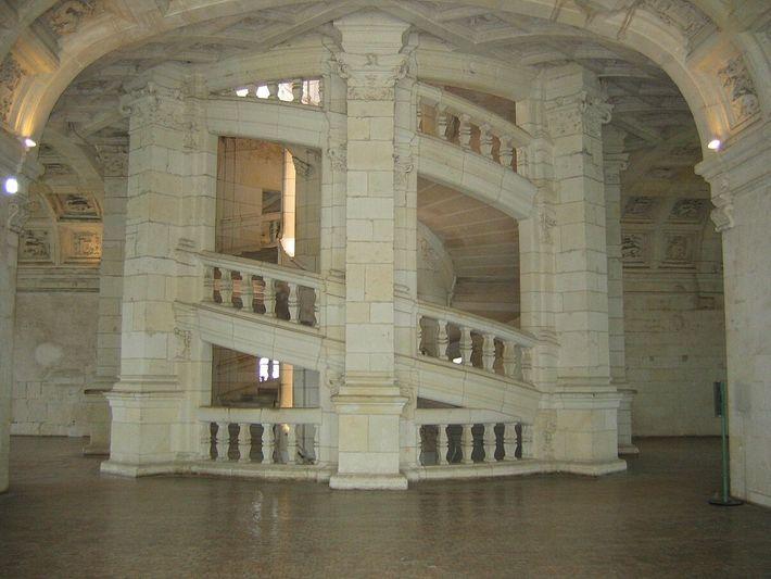 Escalier à double révolution (ou double hélice ou double colimaçon) du château de Chambord.