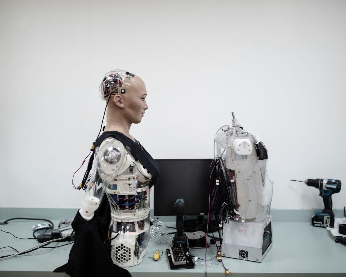 Au laboratoire Hanson Robotics, Sophia est prête.