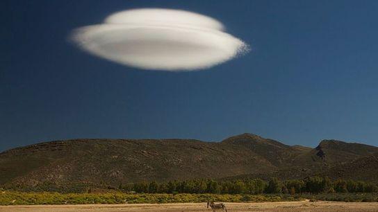 Les nuages lenticulaires, dit Altocumulus lenticularis