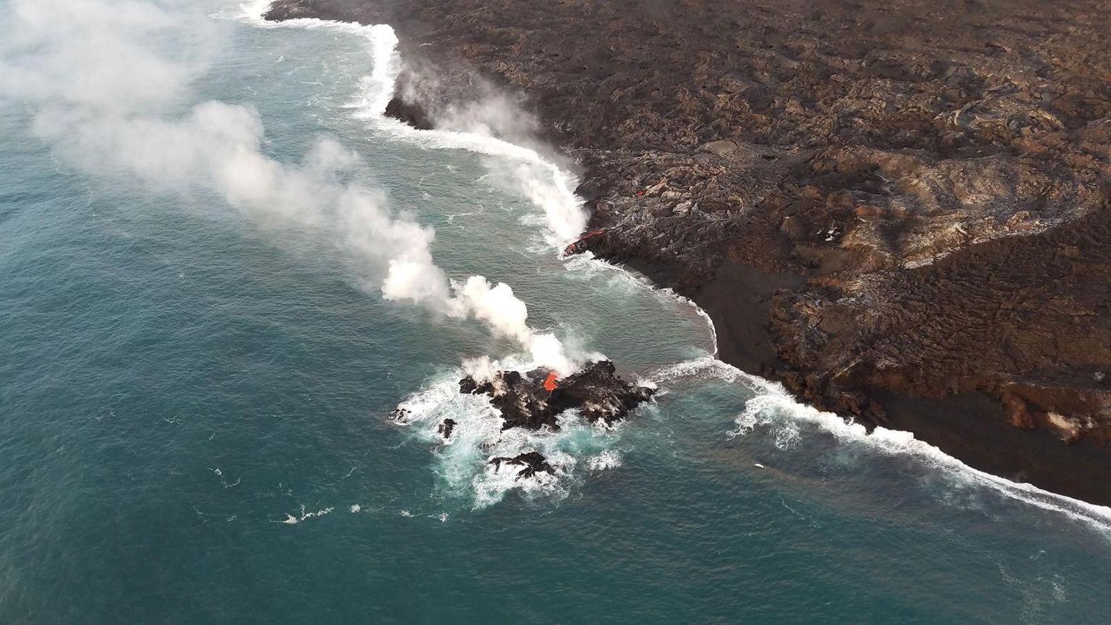 L'éruption du Kilauea a brièvement formé cette petite île au large des côtes d'Hawaï.