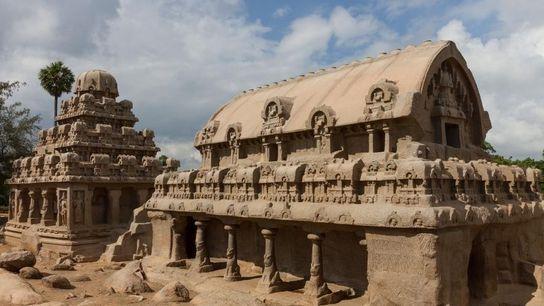 Les monuments de Pancha Rathas dans le sud de l'Inde ont été taillés dans un seul ...