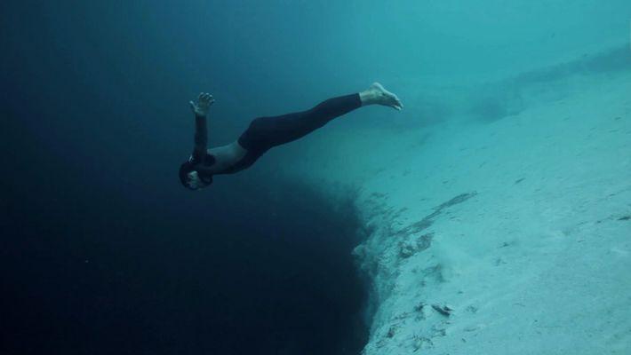 Plongée dans le vide