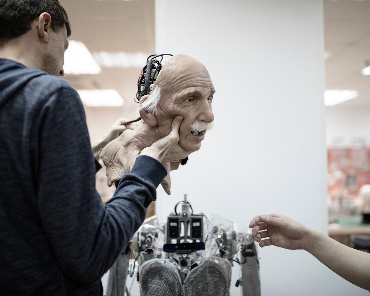 L'expressif et réaliste robot Einstein a servi de prototype pour Sophia.