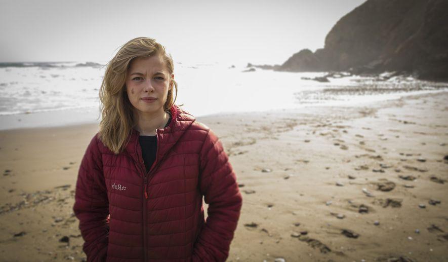 Rencontre avec Imogen Napper, la jeune chercheuse qui a fait interdire les micro-billes de plastique