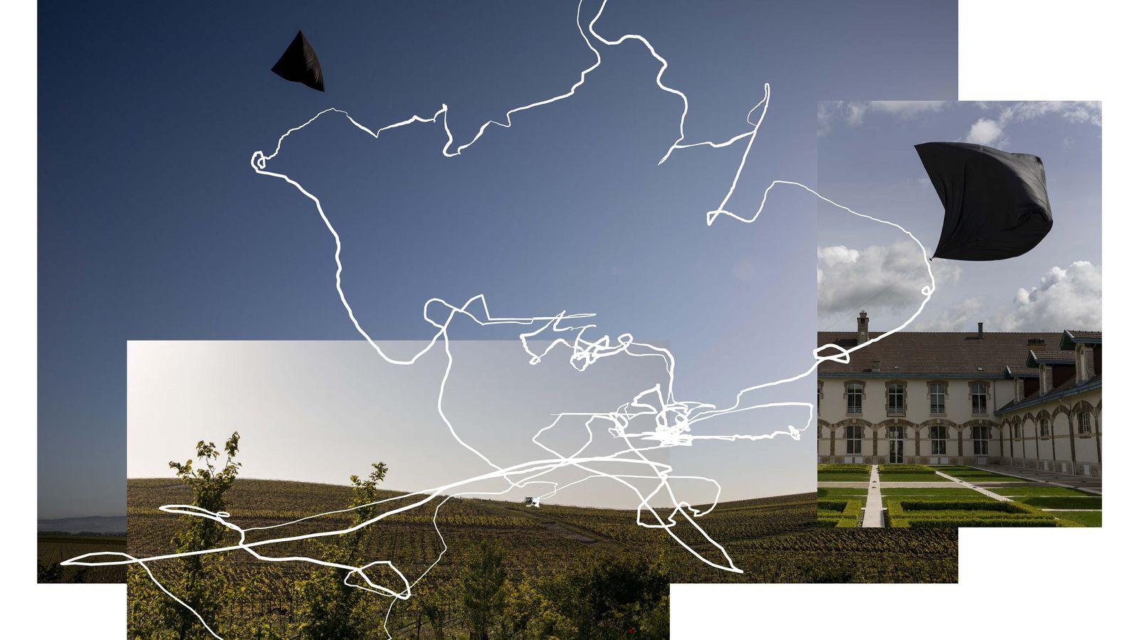 Movement* - Sculpture aéroglyphique en réalité augmentée formée par la trajectoire d'un aérocene. Né d'un mouvement international pour ...