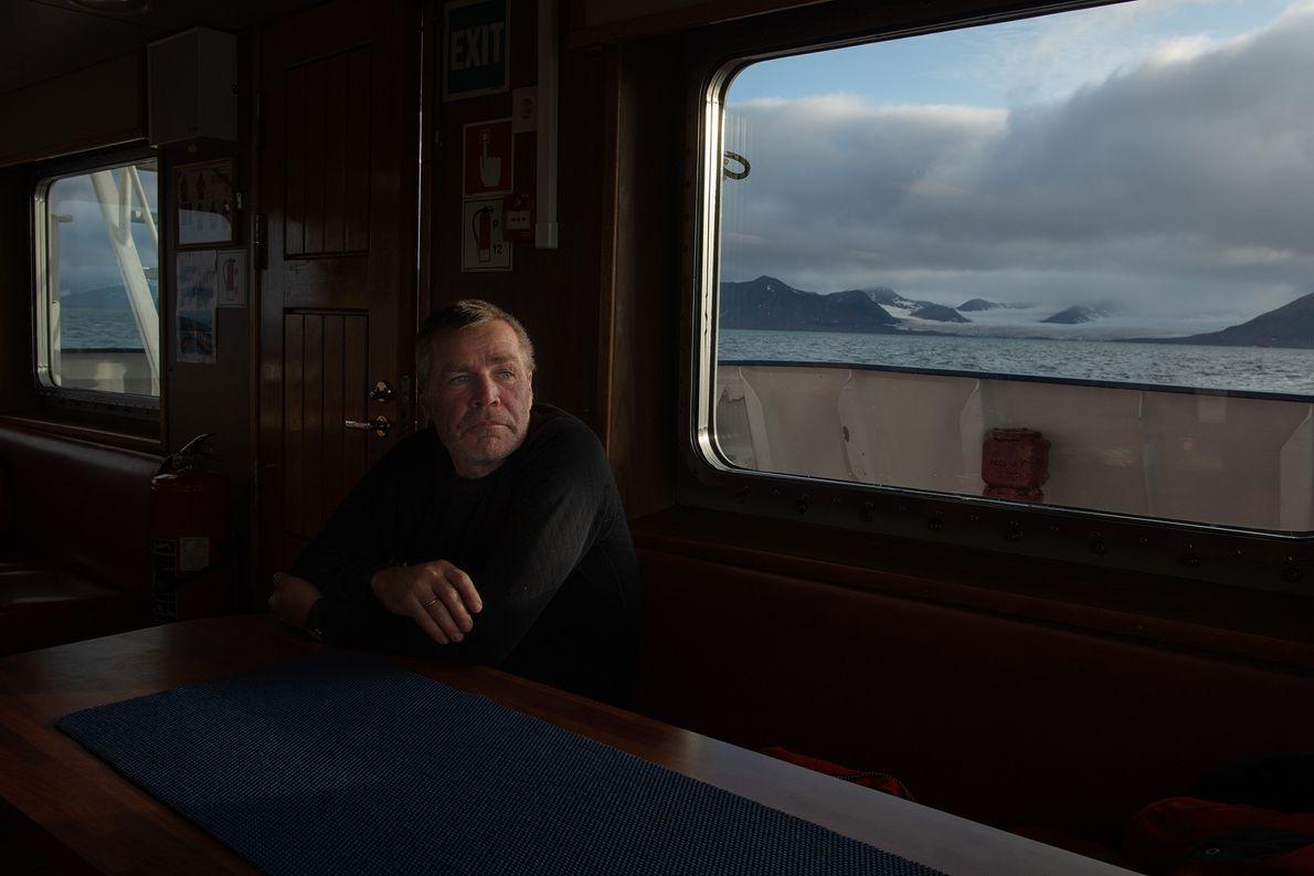 Officier de navigation sur le Polarstern, Lutz Peine se détend après avoir participé à la formation ...