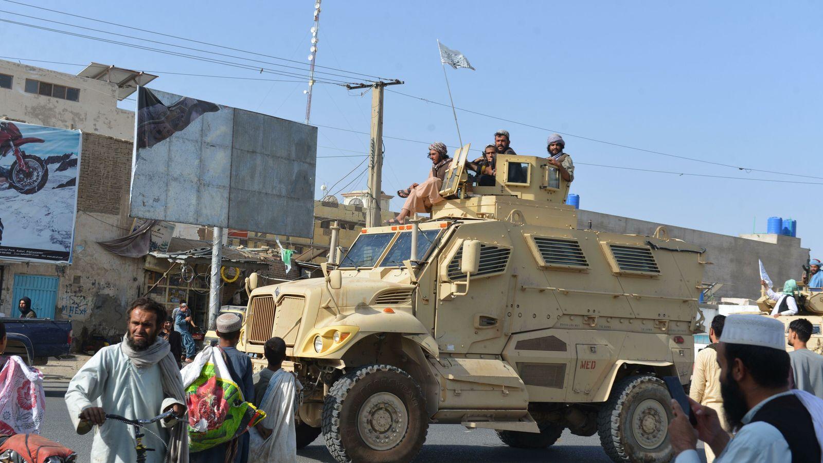 Kandahar, 31 août 2021. Les combattants talibans et leurs partisans célèbrent dans tout l'Afghanistan le départ ...