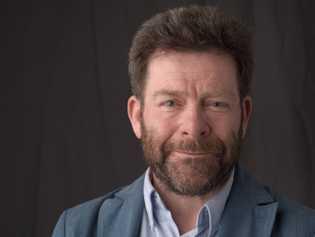 Dominique Le Brun, journaliste spécialiste de l'histoire maritime.