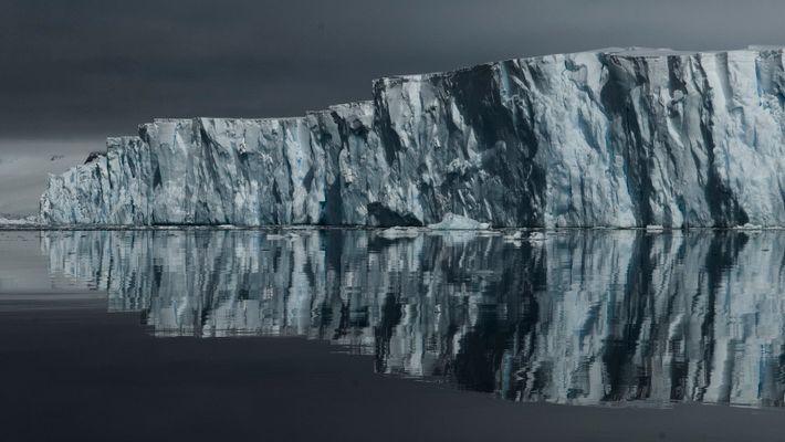 Le Glacier de Thwaites, en Antarctique, est grand comme la Grande Bretagne. Sa disparition pourrait entraîner ...