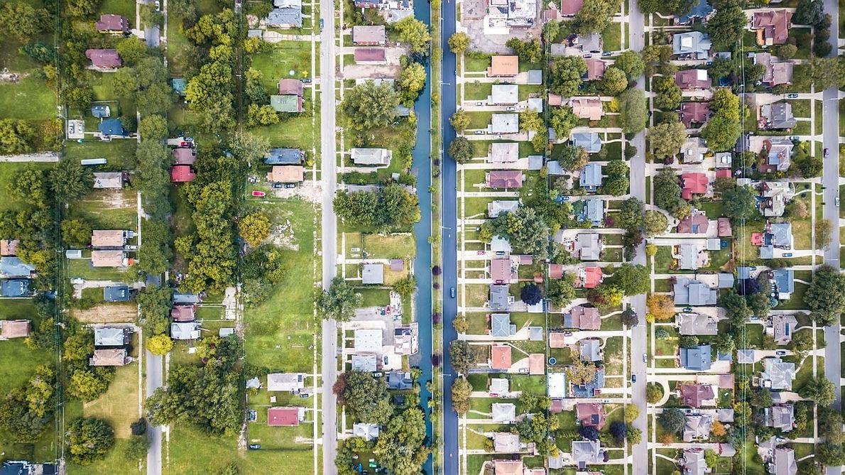 Un canal sépare le quartier de Jefferson Chalmers, à Detroit, de son voisin Grosse Pointe Park.