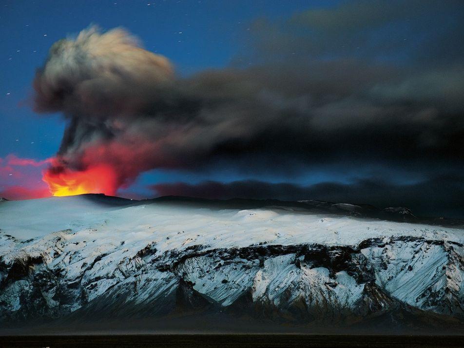 L'Islande, terre de volcans, de glace et de feu