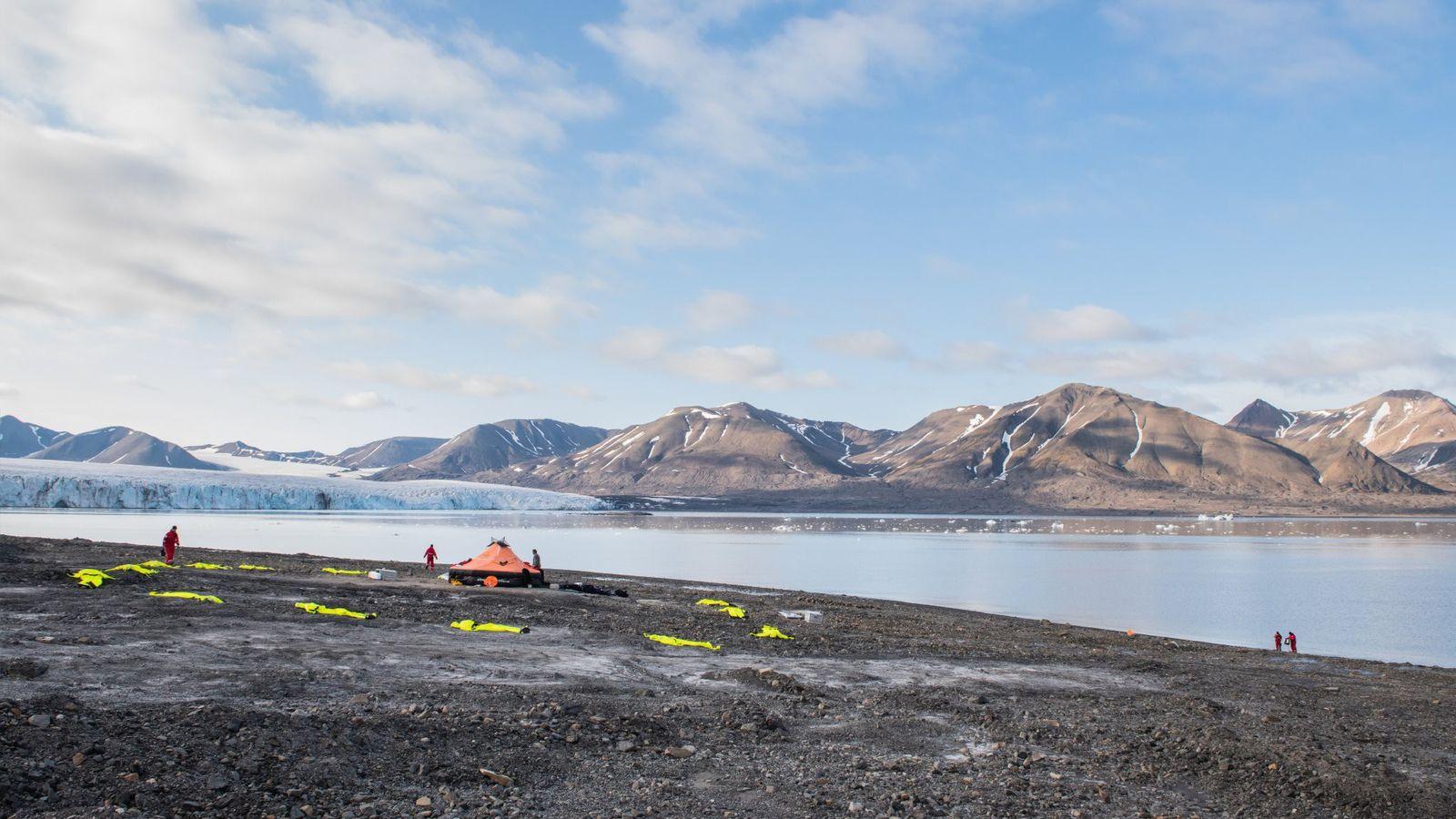 Le camp d'entraînement polaire, au Svalbard, un archipel norvégien, est l'un des lieux habités les plus ...