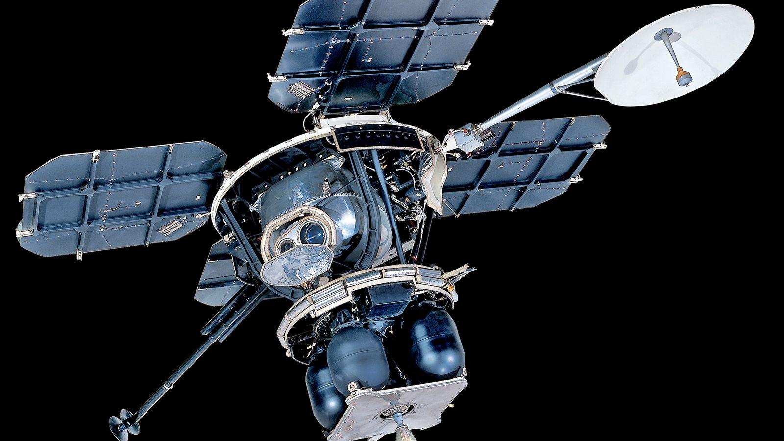 Les sondes Lunar Orbiter n'ont pas seulement pris des clichés des futurs sites d'atterrissage pour les ...