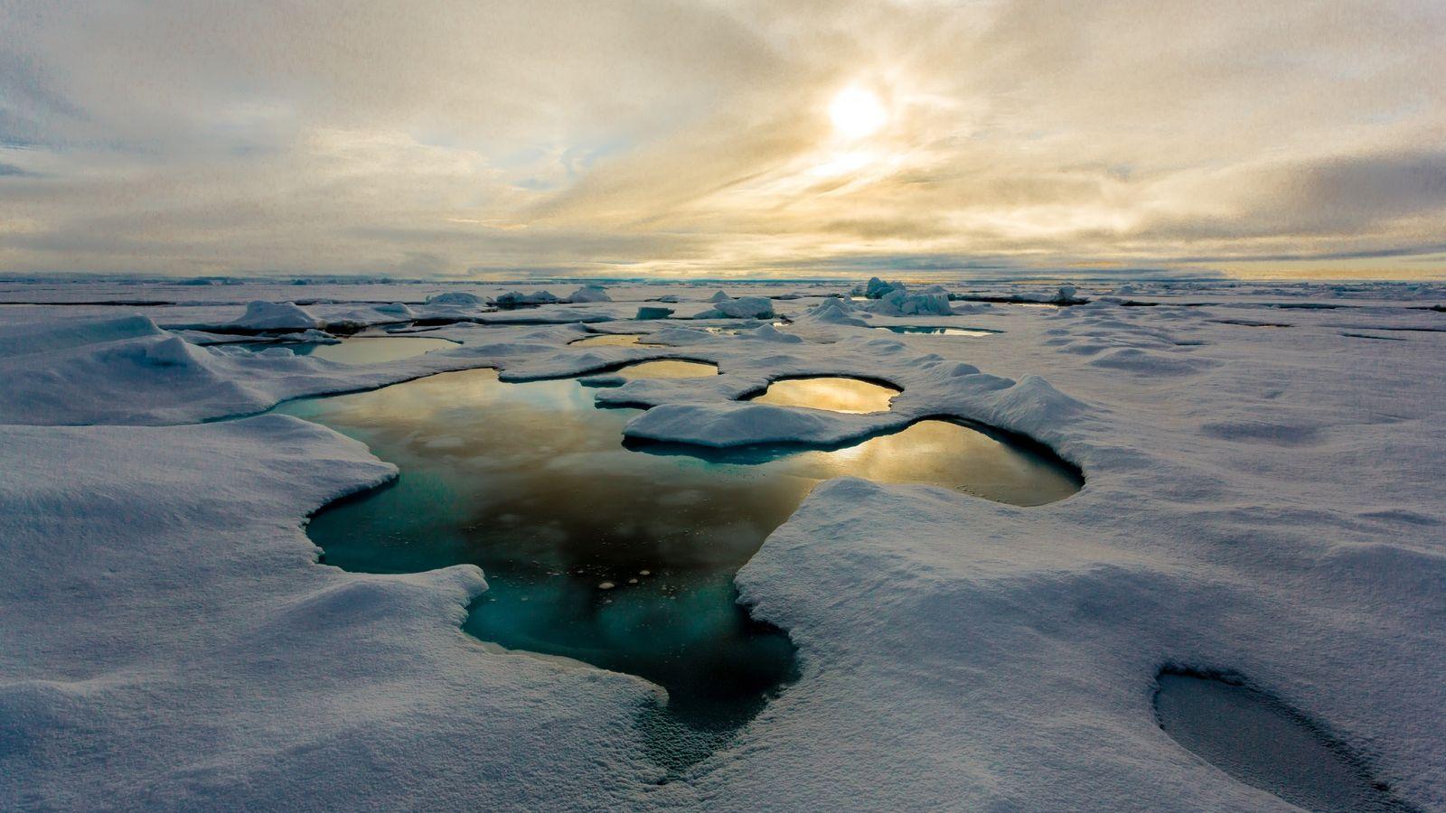 Glace de mer sur l'océan Arctique, au large du Nunavut, au Canada. © S. Hendricks