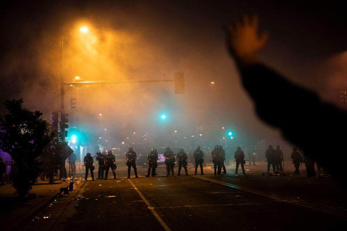 Après 20 ans à couvrir des conflits à travers le monde, le photographe David Guttenfelder a ...