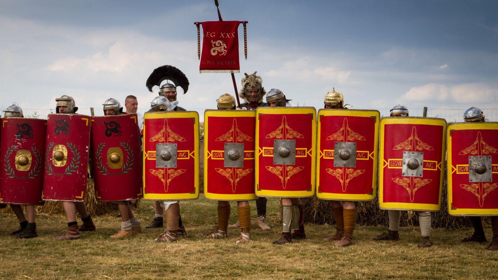 La Legion VIII Augusta est un groupe de reconstitution de l'armée romaine (https://leg8.fr/) et représente une ...