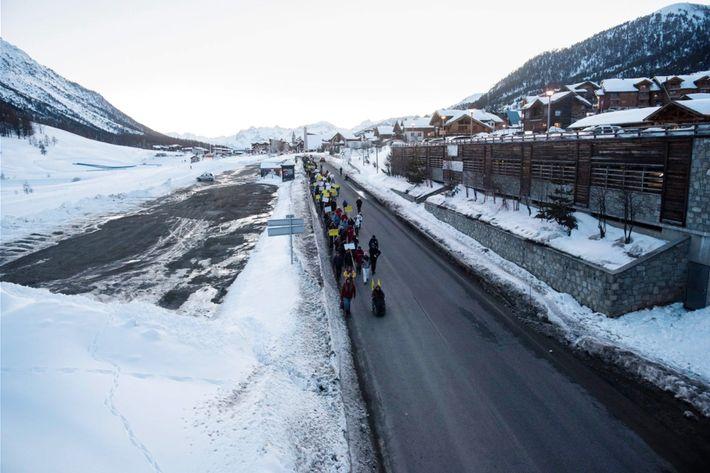 Journée de mobilisation organisée par Amnesty International et Tous Migrants en soutiendes maraudeurs venant au secours ...