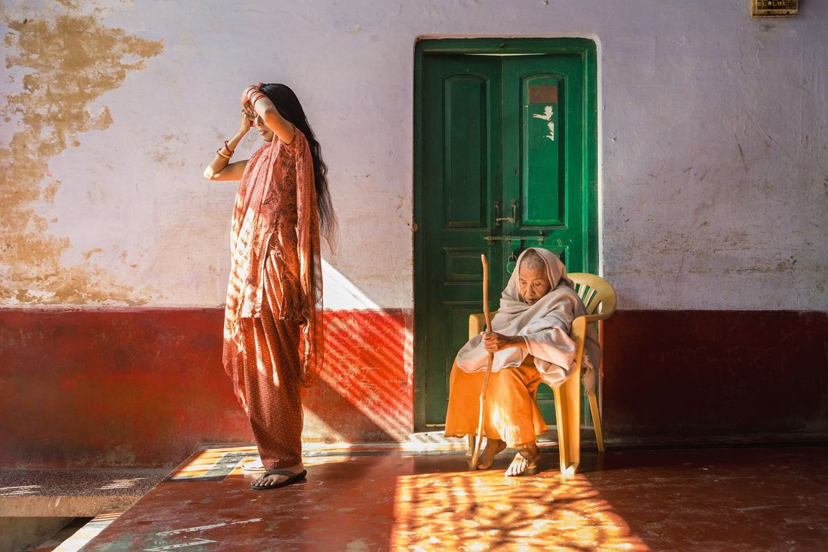 Dans un refuge de la ville indienne de Vrindavan, connue sous le nom de « cité ...
