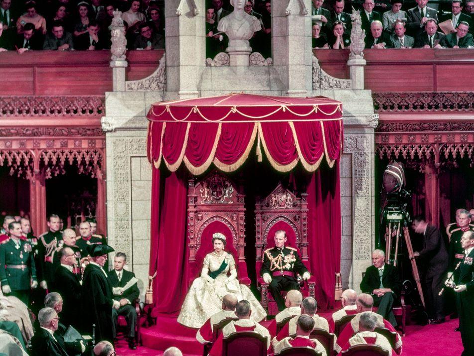 La vie privée de la royauté mondiale en 25 photos vintage