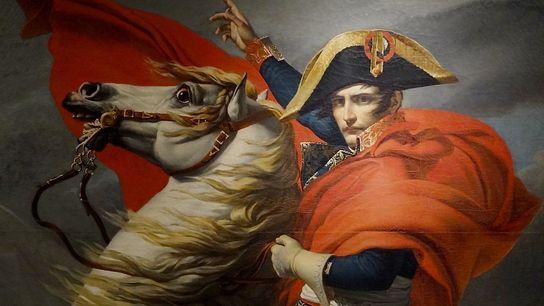 Le peintre David a réalisé cinq versions de ce célèbre tableau représentant le Premier consul franchissant ...