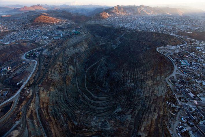 Le centre historique de Cerro de Pasco, Pérou, est largement rongé par une mine de 402 ...