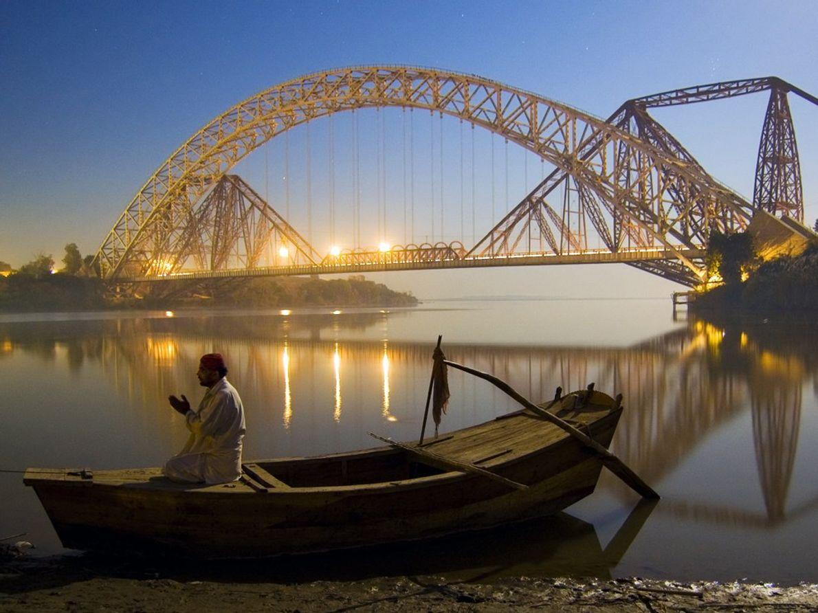 Le Pakistan devra faire face à d'énormes défis à l'avenir, alors que sa population augmente et ...