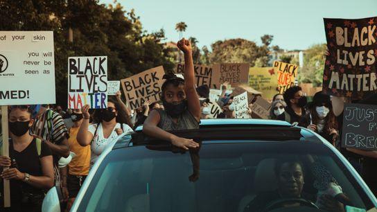 La vague de protestation consécutive à la mort de George Floyd aux États-Unis a créé une ...