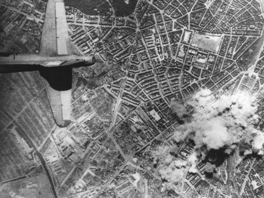 En juillet 1943, le bombardement d'Hambourg préfigurait l'horreur d'Hiroshima