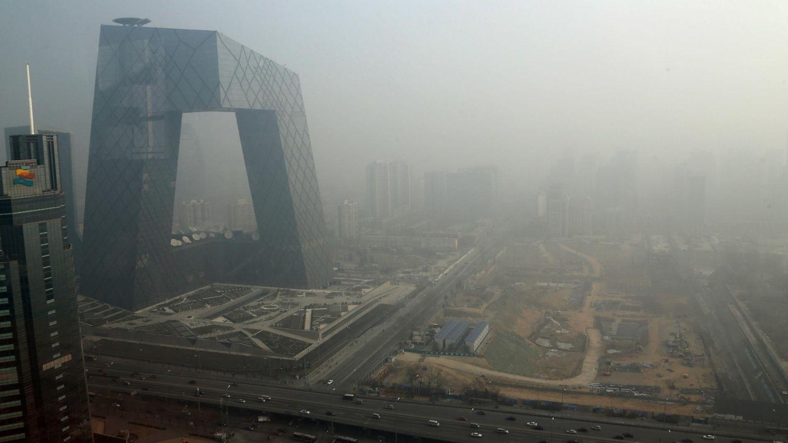 La brume enveloppe le quartier des affaires au mois de janvier. Une nouvelle étude montre que ...