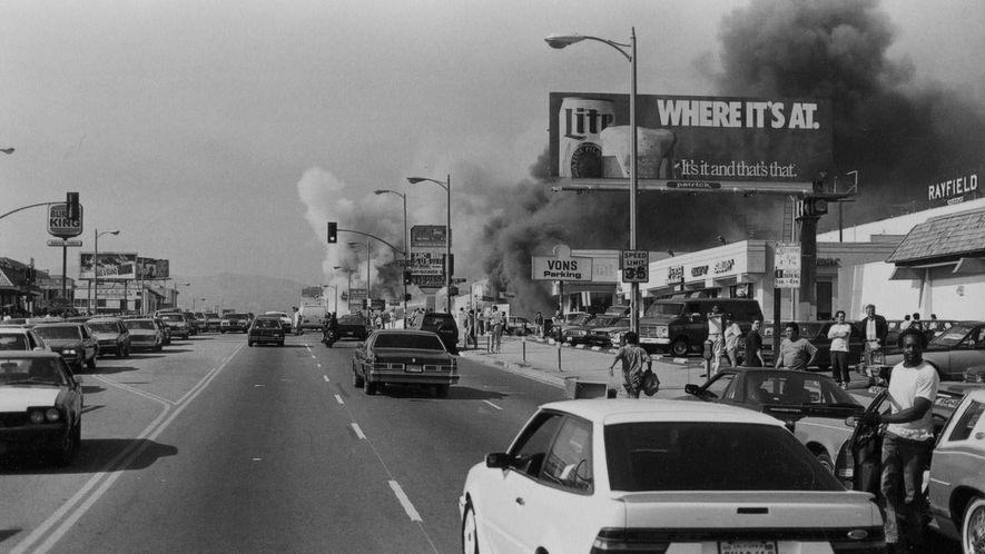 Image extraite du documentaire LA 92 : Les Émeutes