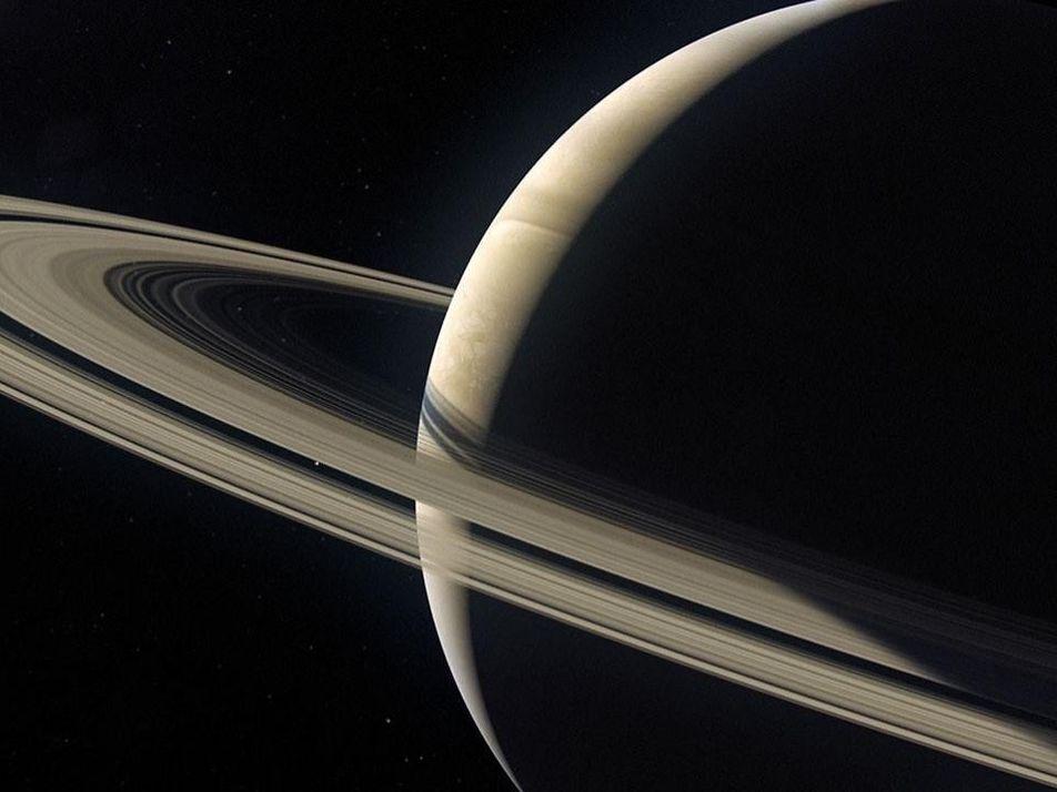 Mimas, le satellite qui sépare les anneaux de Saturne