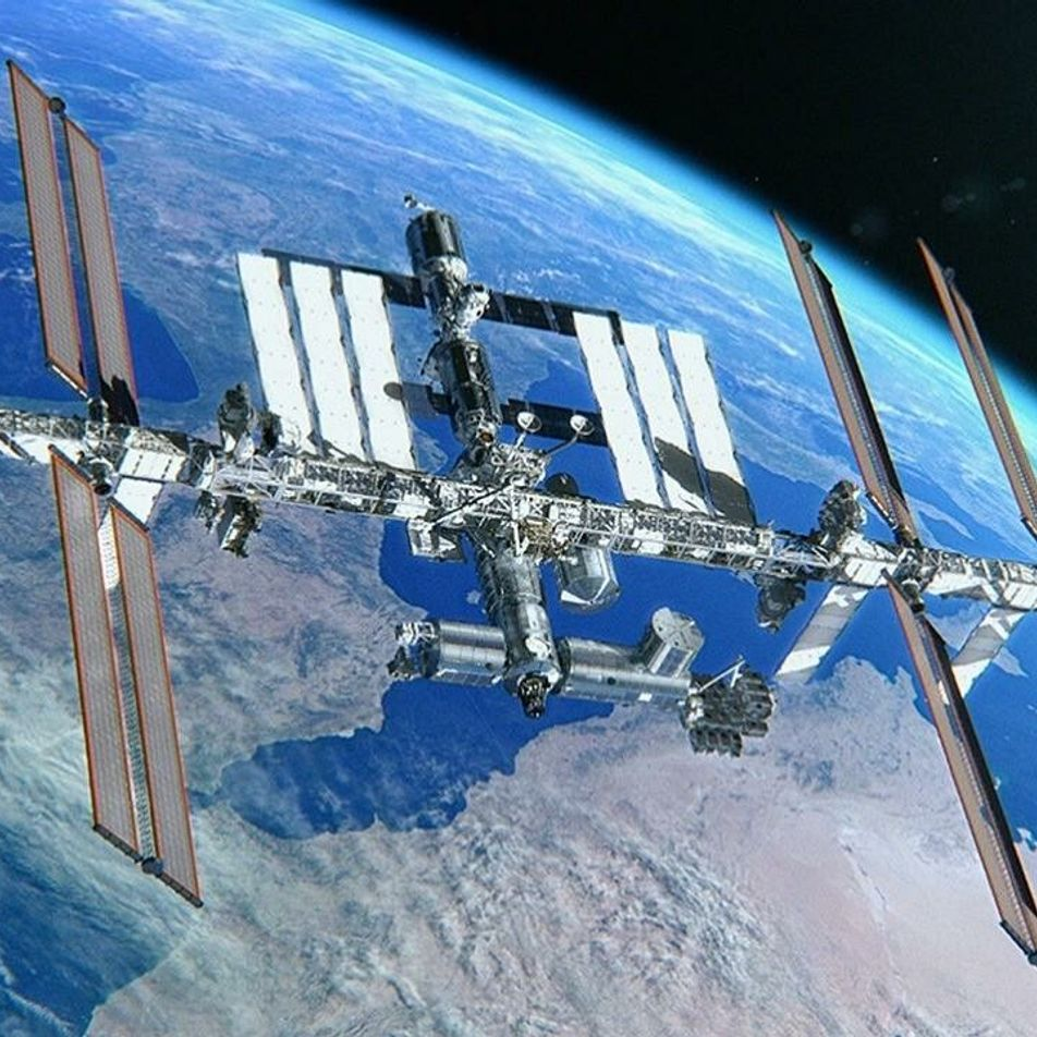 Une sortie extravéhiculaire depuis la Station spatiale internationale