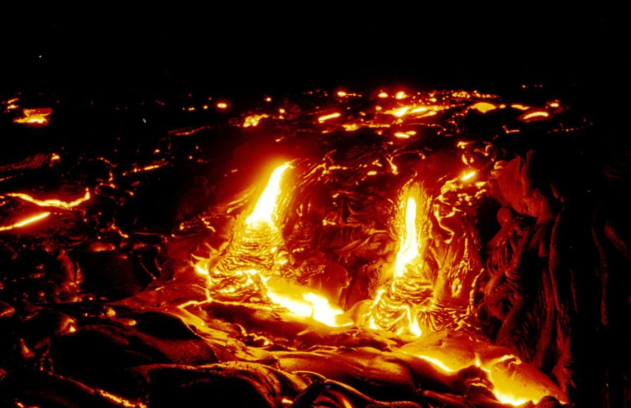 Non, le volcan hawaïen qui est entré en éruption ne va pas provoquer de mégatsunami