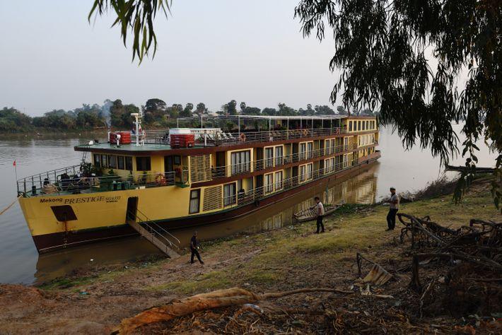 Avec ses 32 cabines, le «Mékong Prestige» est un bateau à taille humaine, dont le faible ...