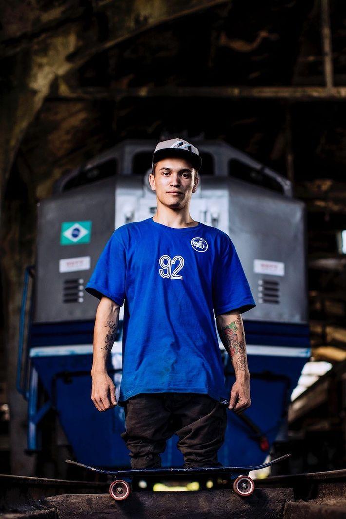 Le photographe sportif Samo Vidic a photographié le skateur brésilien Felipe Nunes, qui a perdu ses ...