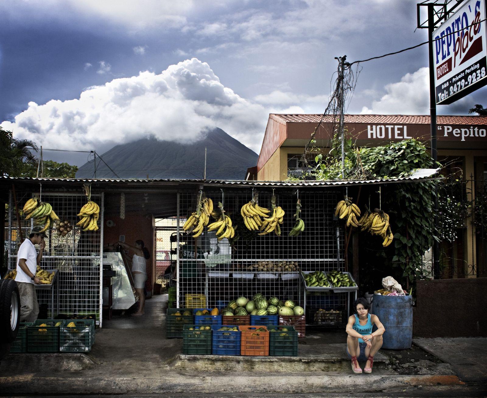 La banane reste très présente au Costa Rica, comme sur cet étal. Premier produit agricole local ...