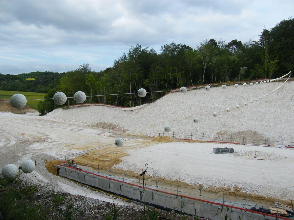 Ce chiroptéroduc a été placé sur la D901, près de Beauvais  (Hauts-de-France), durant une phase ...