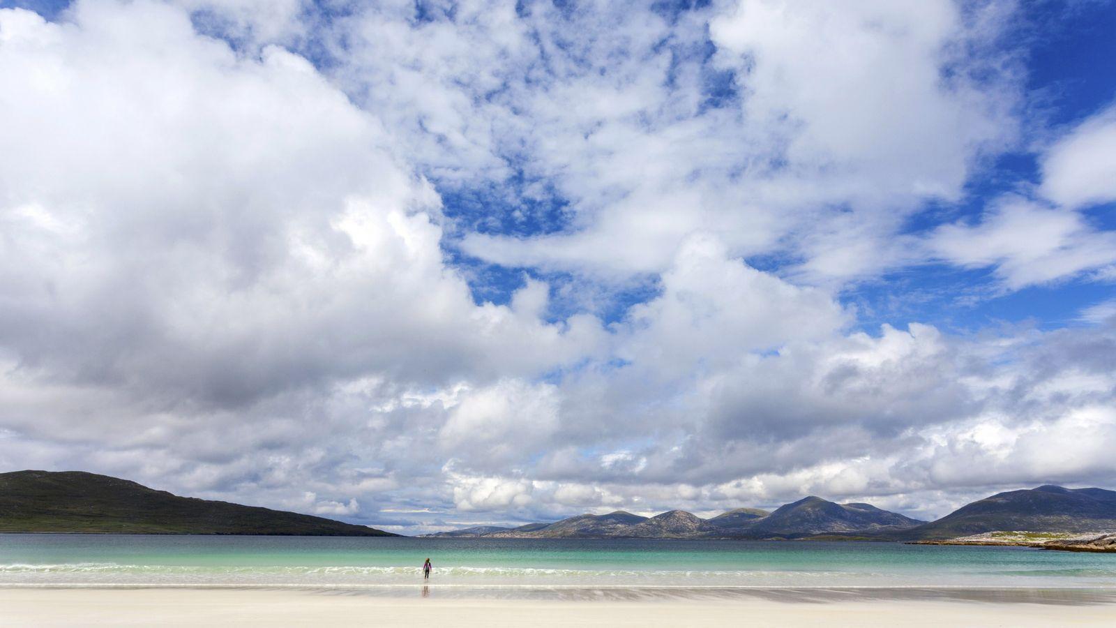 Luskentyre figure parmi les plus belles plages du monde. Un lagon turquoise et des kilomètres de ...