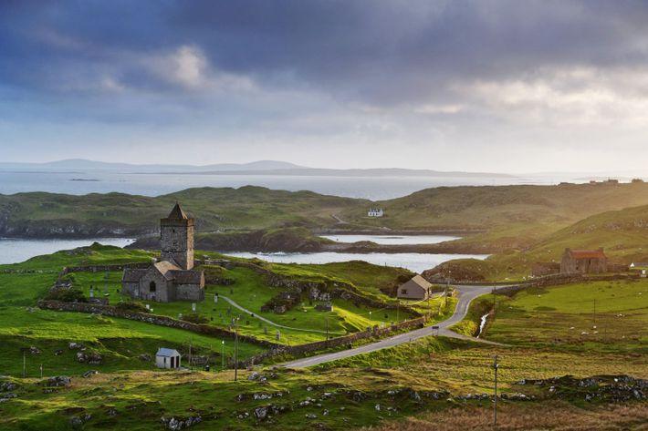 Au sud de l'île de Lewis et Harris, à Rodel, l'église médiévale de St Clement. Pour ...
